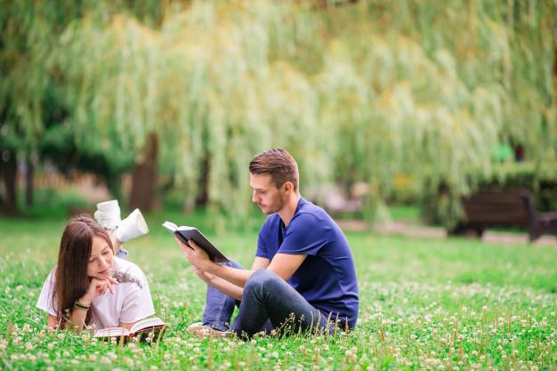 El Noviazgo en los Jóvenes Cristianos